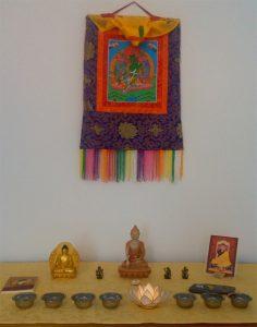 Oltář zdroj - buddhaweb.cz